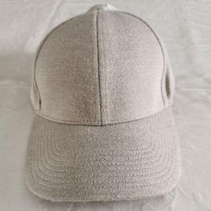 Wilfred Free Gray Baseball Cap O/S